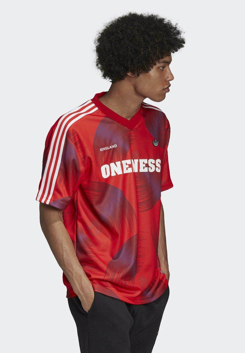 adidas Originals - T-shirts print - red