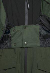 Oakley - DIVISION 3.0 JACKET - Snowboard jacket - new dark brush - 3