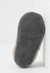 Robeez - COOL TIGER - Chaussons pour bébé - gris taupe - 5