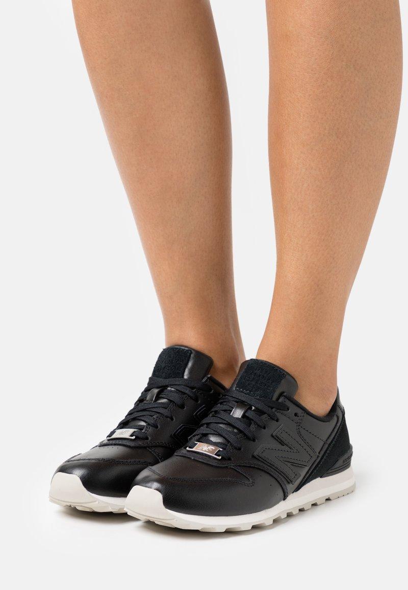 New Balance - WL996 - Zapatillas - black
