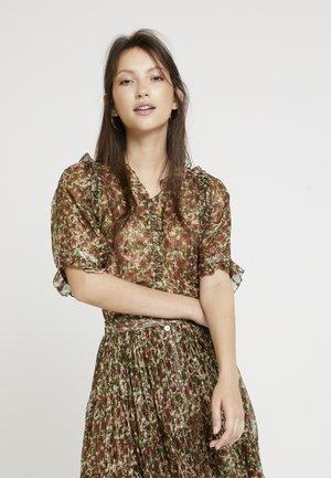 HOUNA - Button-down blouse - vert/rouge