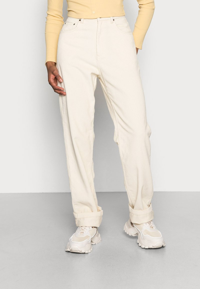 Gina Tricot - 90S TROUSERS - Pantalon classique - almond milk