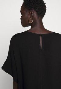 Bruuns Bazaar - HALAH NINI BLOUSE - Blouse - black - 6