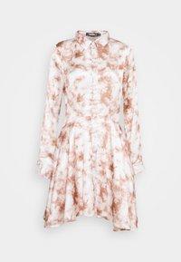 Missguided - PRINTED BUTTON THROUGH SHIRT DRESS - Shirt dress - pink - 0