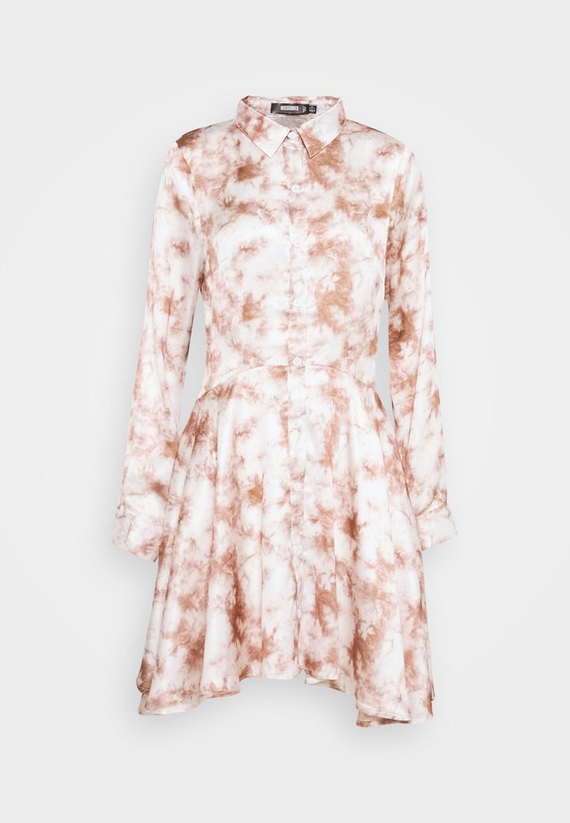 PRINTED BUTTON THROUGH SHIRT DRESS - Sukienka koszulowa - pink