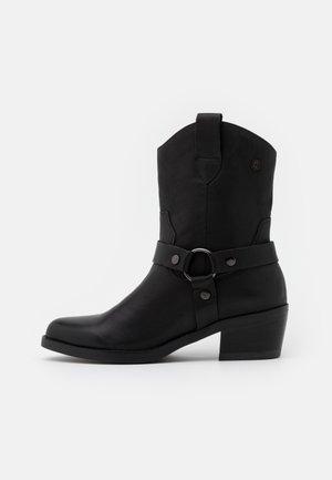 LADIES BOOTS  - Cowboy/biker ankle boot - black