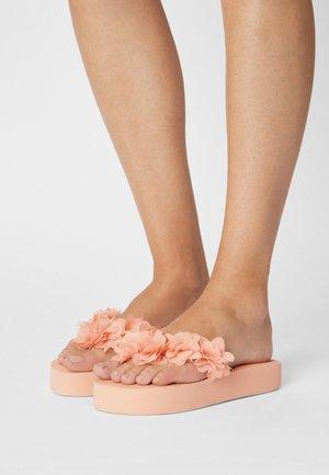FLOWER TRIM - T-bar sandals - pink