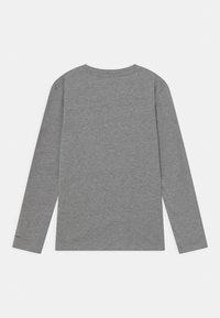Pepe Jeans - FLAG LOGO JR - Long sleeved top - grey marl - 1