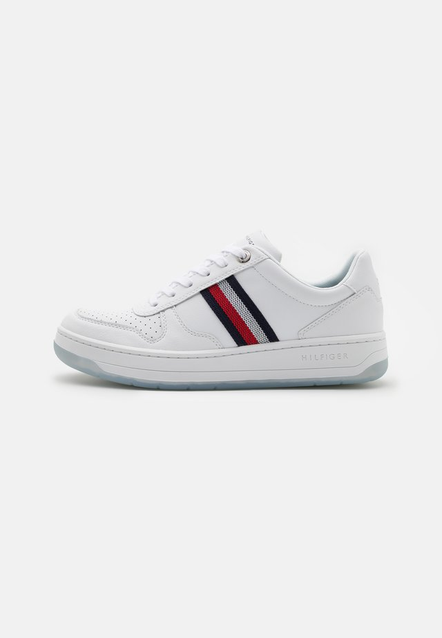 BASKET CUPSOLE - Sneakers basse - white