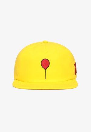 MN VANS X IT JOCKEY - Pet - yellow