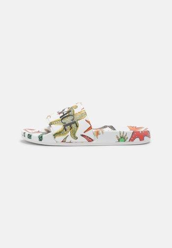 Mules - white/multicolor