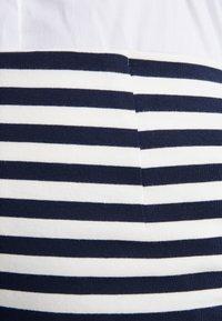J.CREW - Pouzdrová sukně - cabo stripe navy - 4