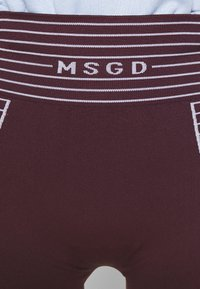 Missguided - SEAMLESS BOOTY - Shorts - burgundy - 5