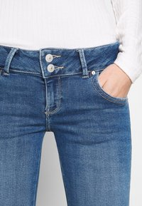 LTB - MOLLY - Slim fit jeans - elenia wash - 7