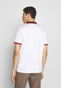 Michael Kors - EDGE TIPPED - Poloshirt - white - 2