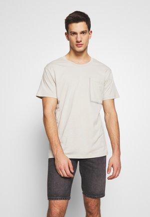 JCOPING TEE CREW NECK   - Camiseta básica - blue fox