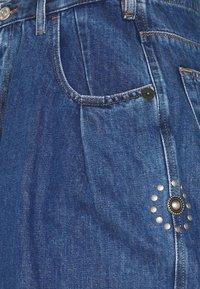 Diesel - D-CONCIAS-SP4 - Relaxed fit jeans - denim blue - 2
