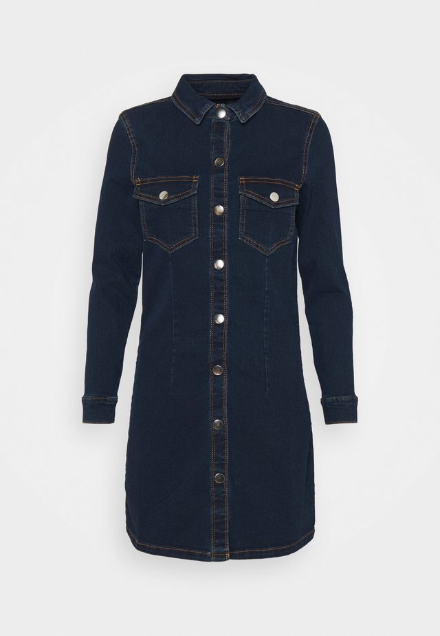 PCSILIA DRESS - Sukienka jeansowa - dark blue denim