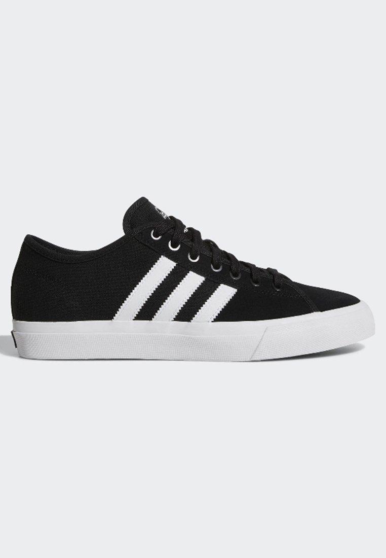 Lionel Green Street Sollozos Forma del barco  adidas Originals Matchcourt RX Shoes - Trainers - core black/footwear  white/black - Zalando.de