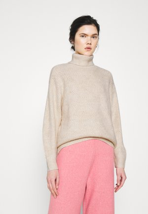 PARISA - Strickpullover - white dusty
