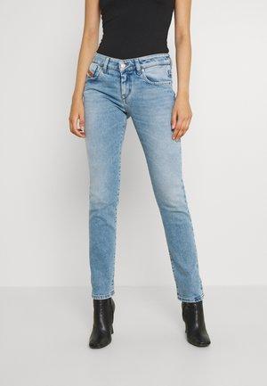 D-LYLA - Slim fit jeans - light blue