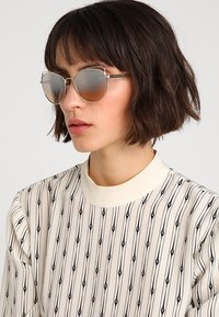 Michael Kors - ST. LUCIA - Sunglasses - lite goldcoloured - 1