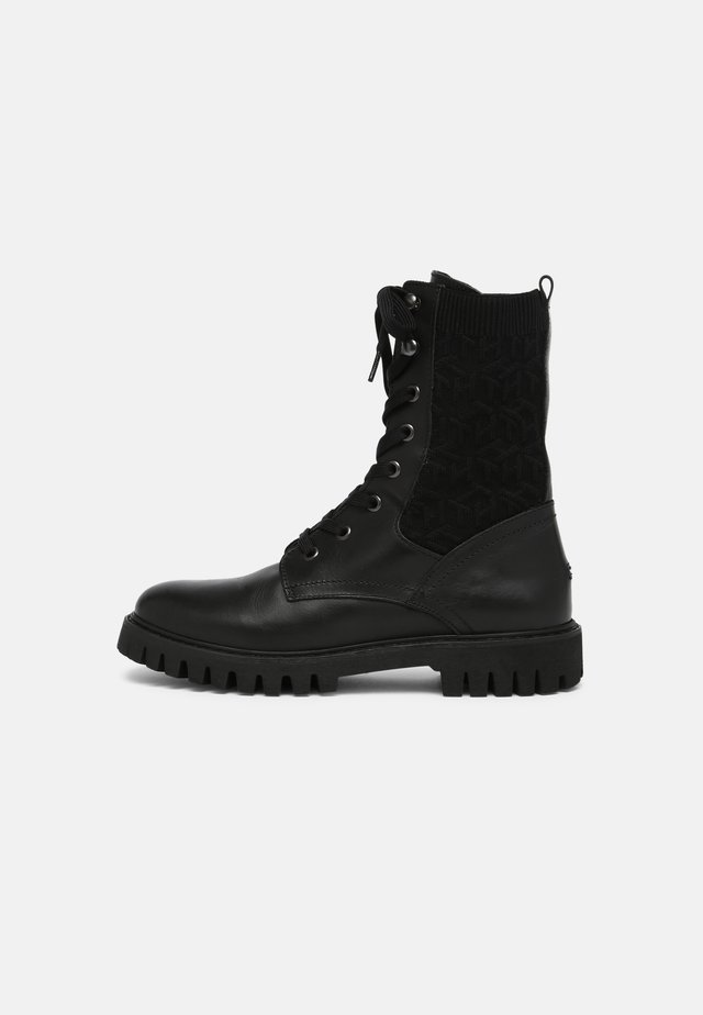 TH KNITTED FLAT BOOT - Lace-up ankle boots - Veterboots - black