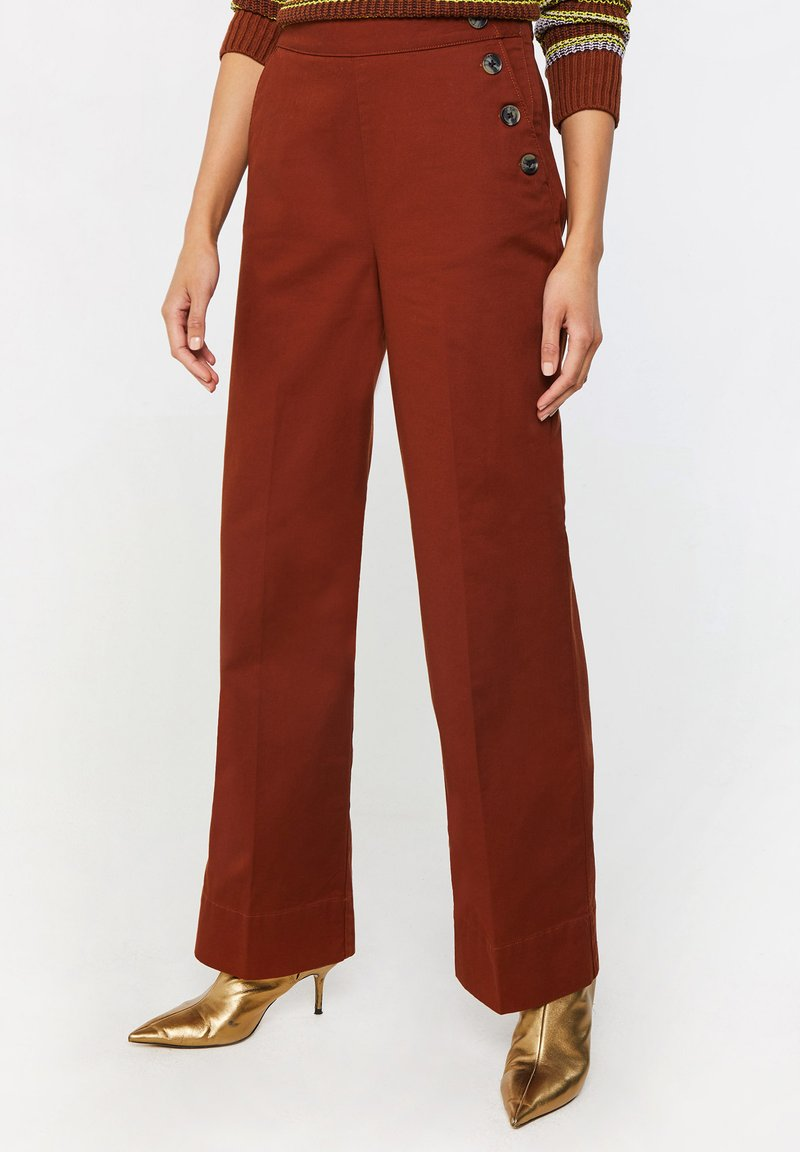 WE Fashion - Trousers - red