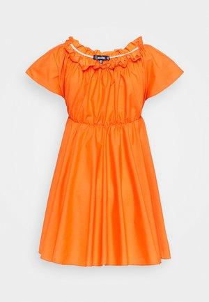 BARDOT SKATER DRESS - Kjole - orange