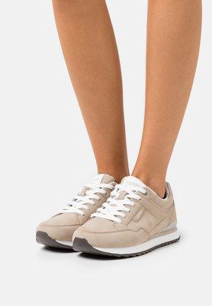 AMBRO  - Sneakers laag - beige