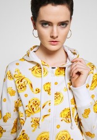 Versace Jeans Couture - Zip-up hoodie - white - 3