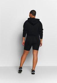 Nike Sportswear - LEGASEE BIKE PLUS - Shorts - black/white - 2
