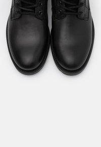 Marc O'Polo - LACE UP BOOT - Šněrovací kotníkové boty - anthracite - 4