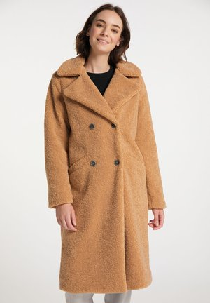 Zimní kabát - kamel