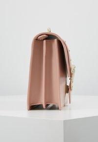 Pinko - LOVE CLASSIC STRAP - Umhängetasche - dust pink - 3