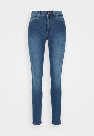 PCPEGGY  - Jeans Skinny Fit - medium blue denim