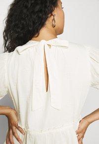 Vero Moda Curve - VMASTA 2/4 DRESS  - Day dress - birch - 4