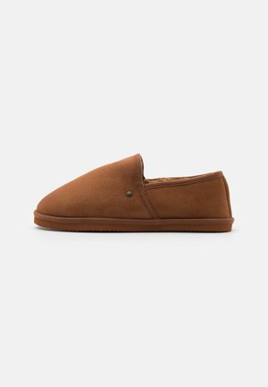 JFWPETE HOMESLIPPER - Slippers - almond