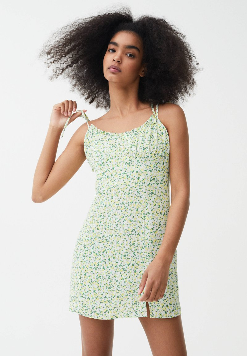 PULL&BEAR - PRINTED MINI  - Day dress - green