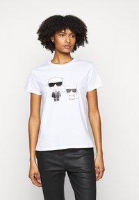 KARL LAGERFELD - IKONIK CHOUPETTE TEE - T-Shirt print - white - 0