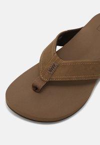 Reef - REEF NEWPORT - T-bar sandals - bronze - 5