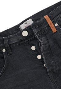 LTB - CORVIN - Denim shorts - black denim - 4