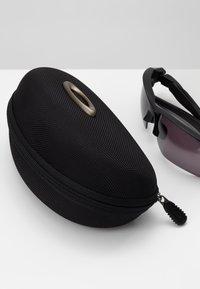 Oakley - FLAK 2.0 XL UNISEX - Sportbrille - matte black - 1