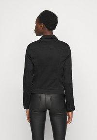 Vero Moda Tall - VMHOT SOYA JACKET - Denim jacket - black - 2
