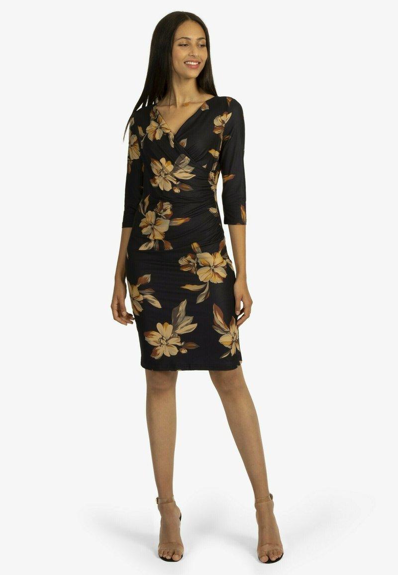 Apart - Jersey dress - schwarz-multicolor