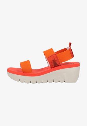 Sandalen met sleehak - devil red