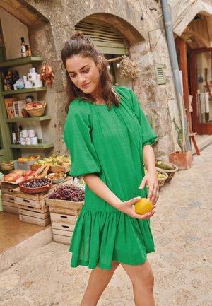 Freizeitkleid - green