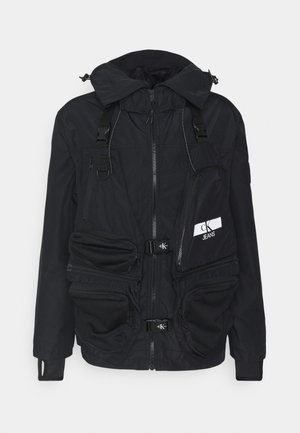 TECHNICAL 2 IN 1 UTILITY JACKET - Waistcoat - black
