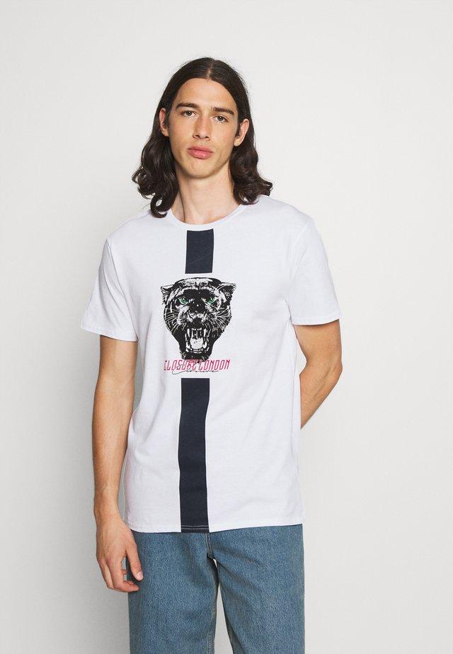 STRIPE ANIMAL TEE - T-shirt med print - white