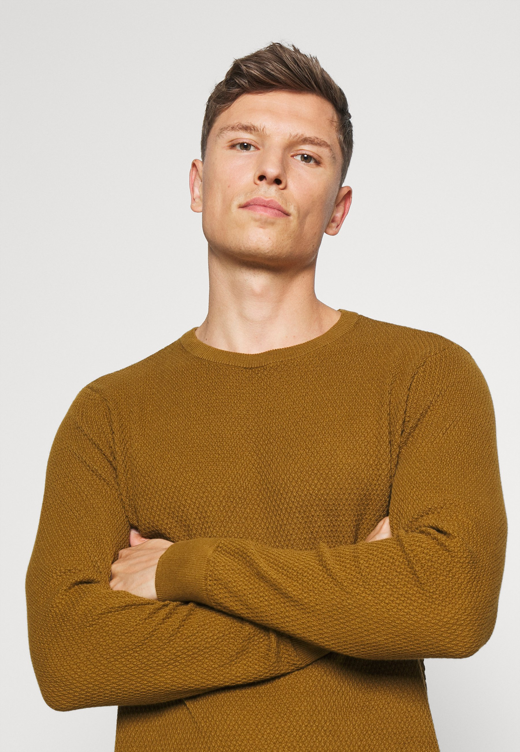 Homme KARLO STRUCTURED CREW NECK - Pullover